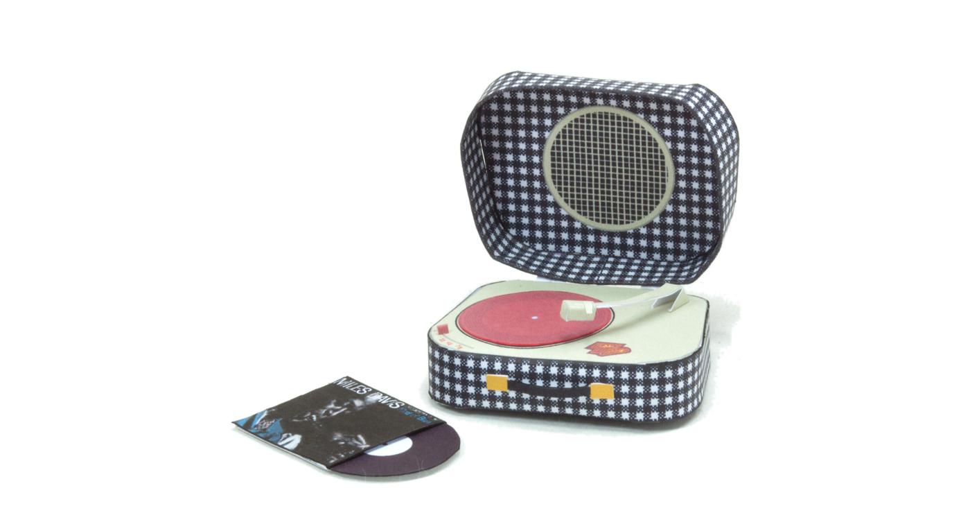 patrick-pasques-papertoy-tournedisque-vintage